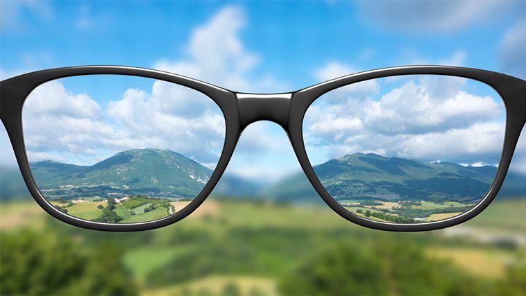 83731c4ed Ako vybrať správne okuliare do diaľky? | Optika Siloe